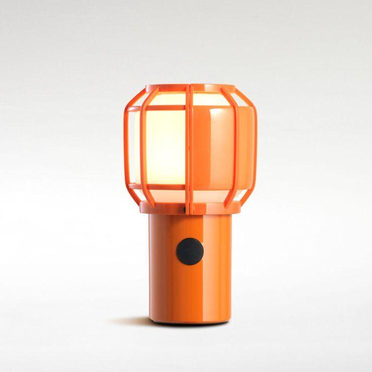 Marset Lampe à poser extérieur Marset CHISPA-Lampe sans fil Extérieure Polycarbonate/Métal H17.8cm avec crochet Orange