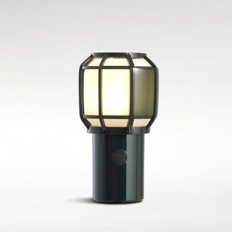 Marset Lampe à poser extérieur Marset CHISPA-Lampe sans fil Extérieure Polycarbonate/Métal H17.8cm avec crochet Vert