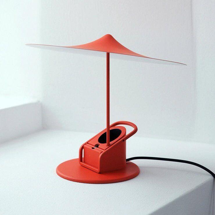 Wästberg Lampe à poser Wästberg Île-Lampe à poser ou à pincer LED Métal Ø19cm Rouge