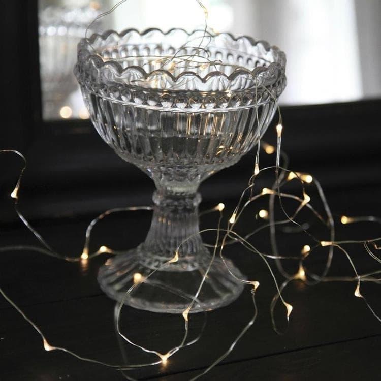 Xmas Living Glass Guirlande lumineuse Xmas Living Glass DEW DROPS-Guirlande fine 40 LED à pile L3,9m Argenté
