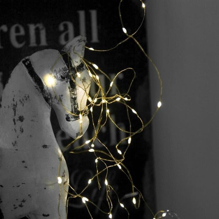Xmas Living Glass Guirlande lumineuse Xmas Living Glass DEW DROPS-Guirlande fine 40 LED à pile L3,9m Doré