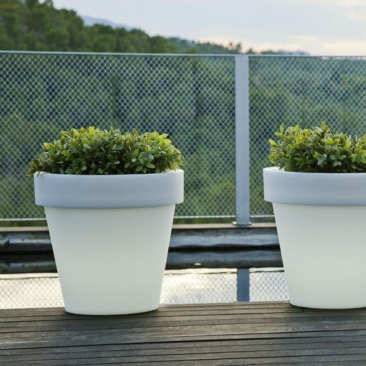 New Garden Déco lumineuse extérieur New Garden MAGNOLIA-Pot lumineux LED d'extérieur RGB solaire rechargeable H43cm Blanc