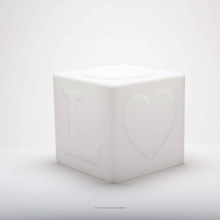 Goodnight Light Déco lumineuse extérieur Goodnight Light THE LOVE LAMP-Cube LED sans fil avec télécommande RGB H43cm Blanc