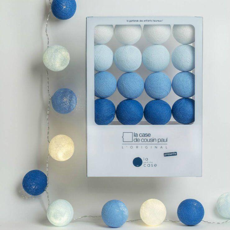 La Case de Cousin Paul Guirlande lumineuse La Case de Cousin Paul OSCAR-Coffret Guirlande lumineuse 16 Boules LED avec timer La Petite Case L2,9m Bleu