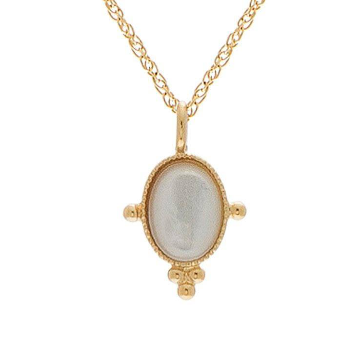 Jollia Collier pendentif nacre (plaqué or) - Les Folies d'Agnès