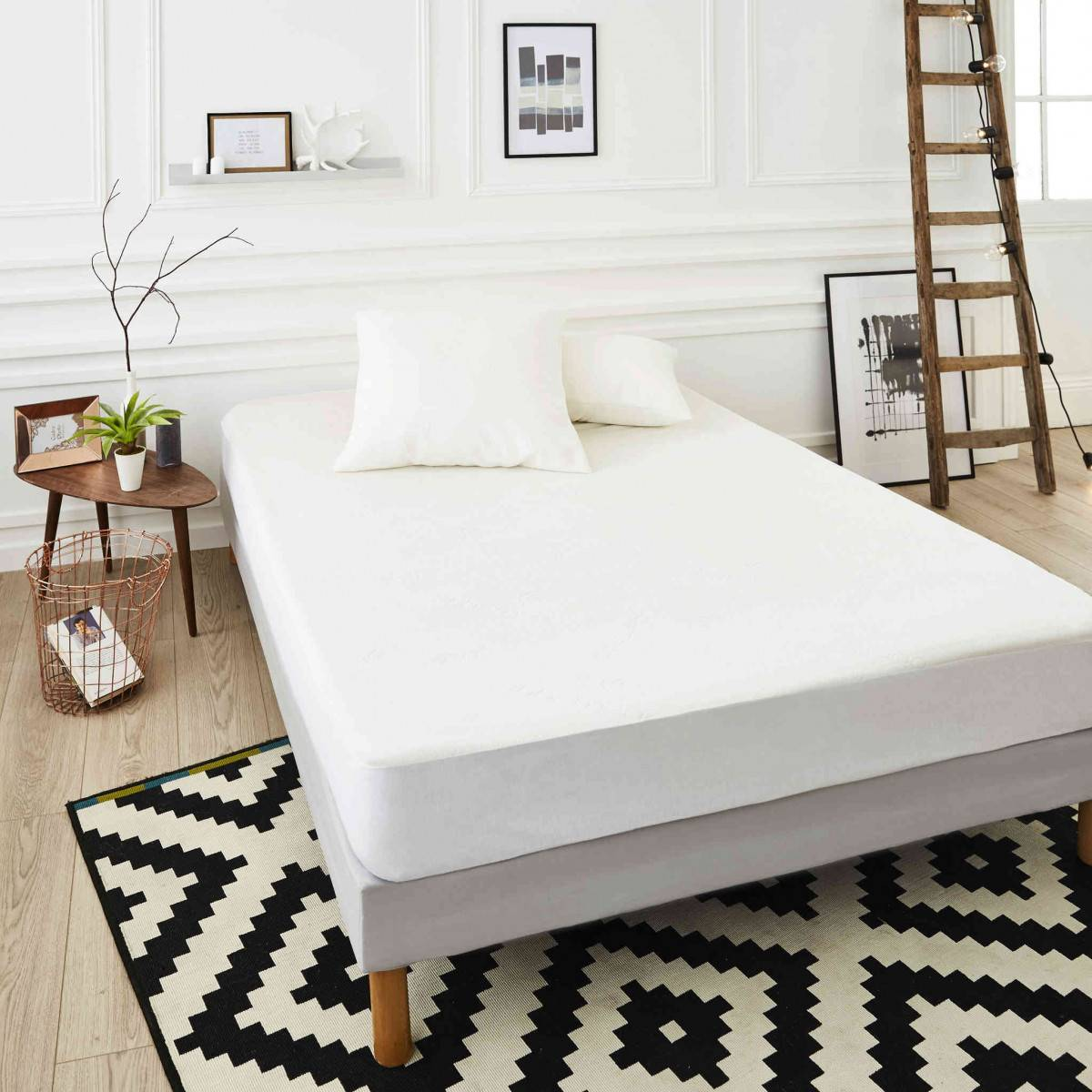 SweetNight Protège matelas Bamboo soyeux confortable doux et absorbant qualité hôtellerie de luxe 90x200