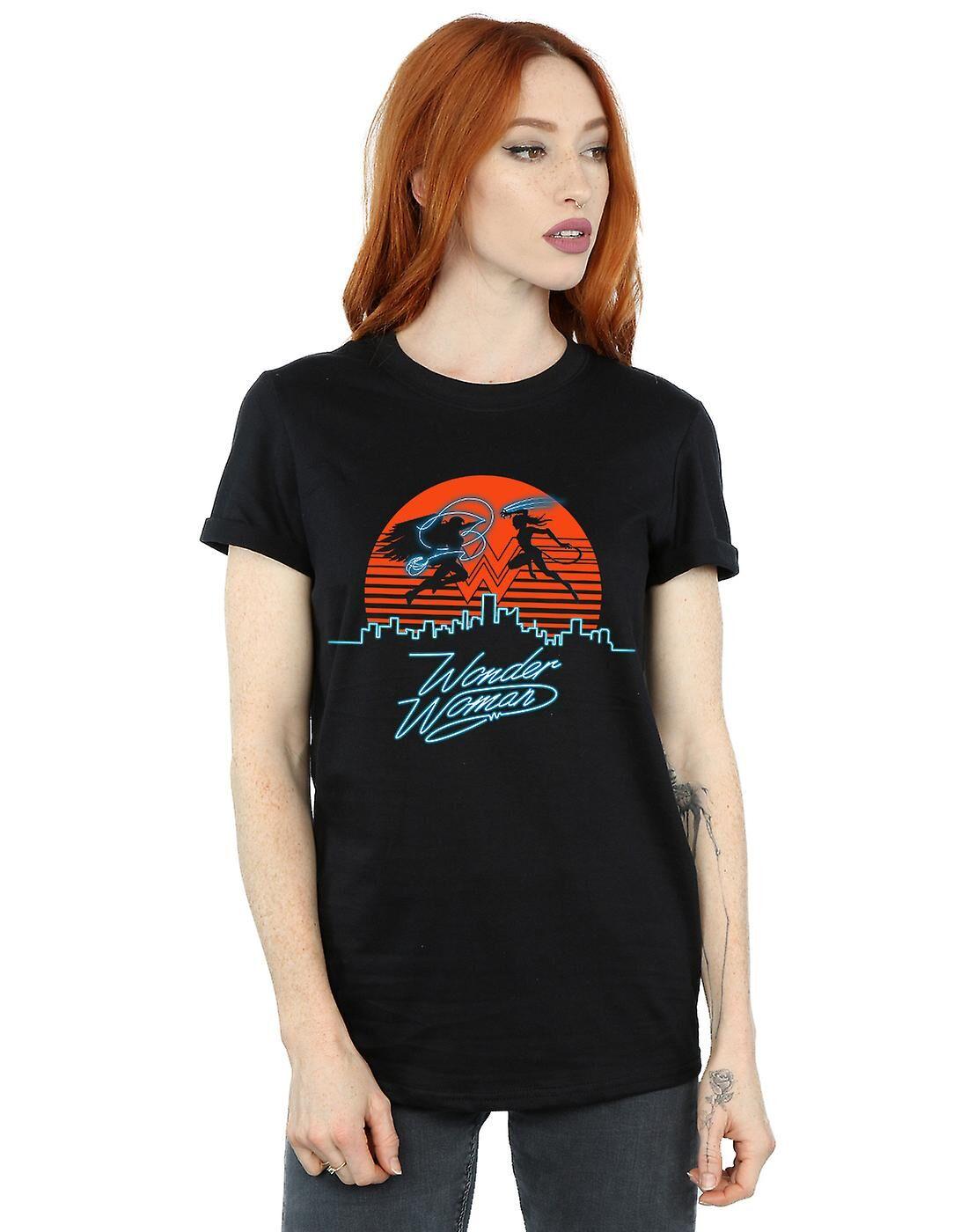 Absolute Cult DC Comics Femmes-apos;s Wonder Woman 84 Sunset Battle Boyfriend Fit T-Shirt Noir Large