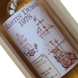 Amikado Bouteille de whisky personnalisée Old Navy - Publicité