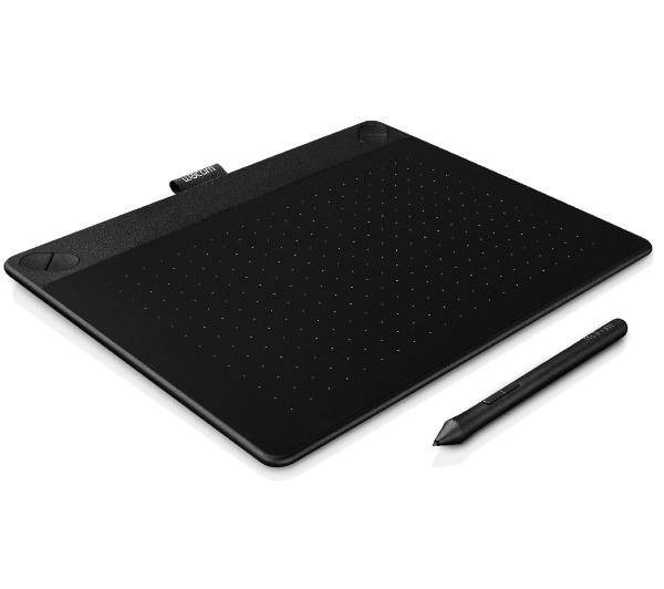 WACOM Tablette graphique Intuos Art Medium Noir créative tactile multi-touch et ? stylet (PC / MAC)