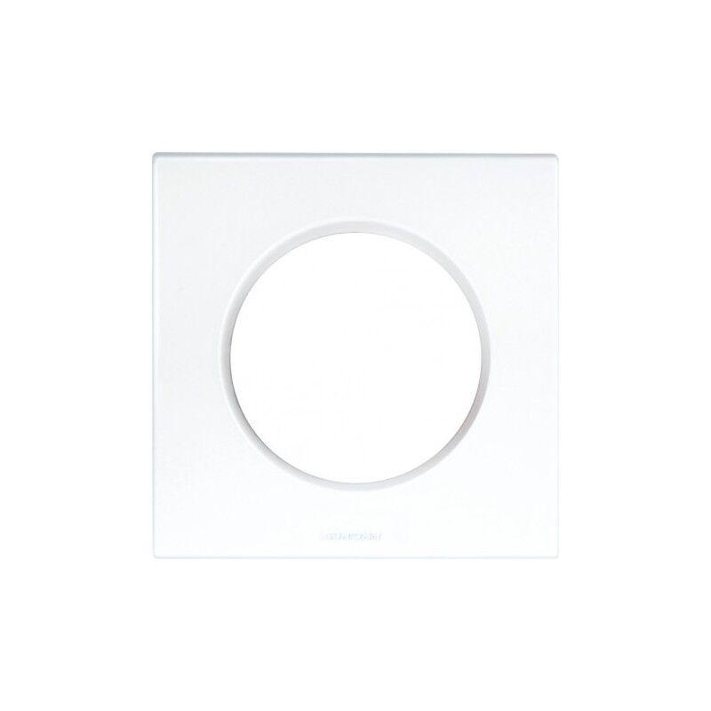 EUR'OHM Plaque carrée 1 poste monobloc SQUARE - Blanc