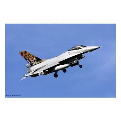 Hasegawa - Maquettes avions: F-16AM/BM N AF Combo - Maquette
