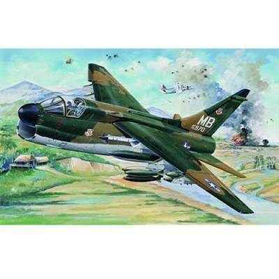 Trumpeter - Maquette avion: A-7D Corsair II Version USAF 1970 - Maquette