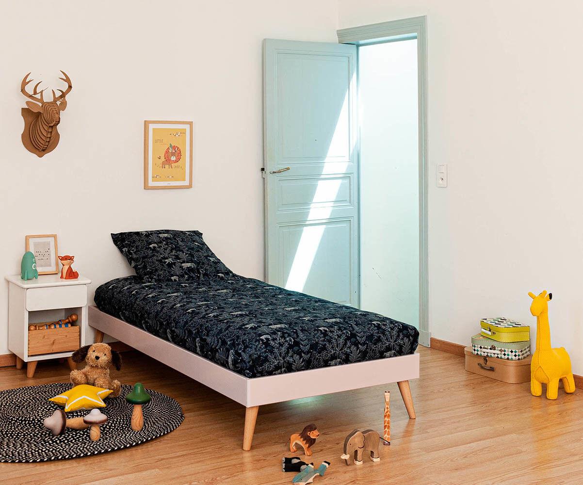 Ma Chambre d'Enfant Lit enfant avec sommier et pieds Honey  Vieux rose 90x190 cm