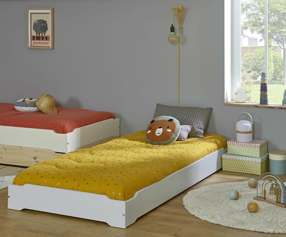 Ma Chambre d'Enfant Lit enfant avec pieds et matelas Happy  Bleu tiksy 90x190 cm
