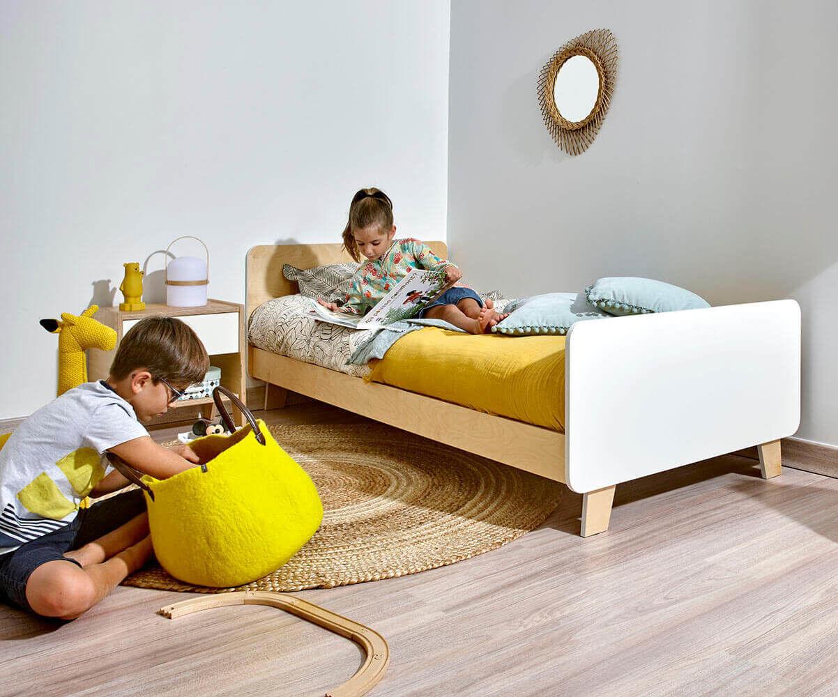 Ma Chambre d'Enfant Lit enfant avec sommier et matelas Spilou  Blanc et bois 90x190 cm