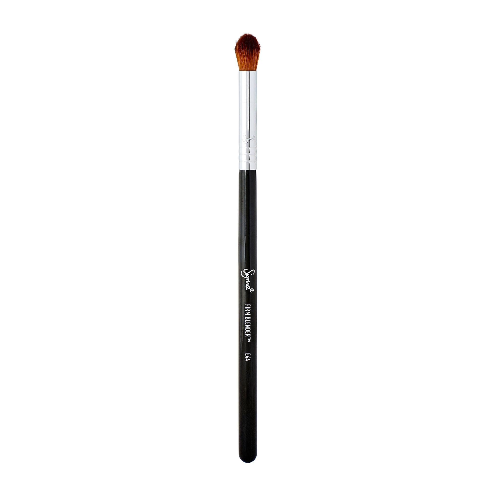 Sigma Beauty E44 Firm Blender Brush