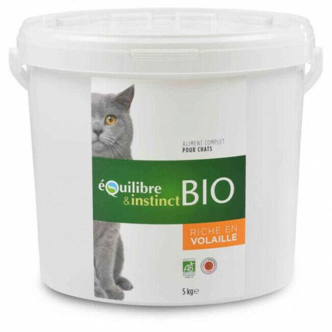 Equilibre & Instinct Croquettes BIO Equilibre & Instinct goût volaille pour chat - Seau 5 kg