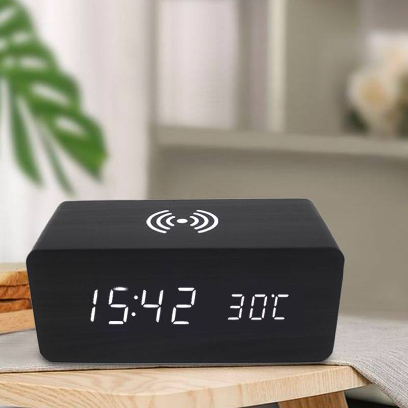 AliExpress Réveil en bois avec recharge sans fil, horloge de Table numérique à LED avec température, contrôle