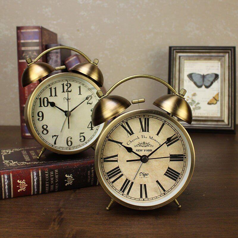 AliExpress Réveil à Quartz en métal inoxydable, 4 pouces, horloge de chevet, décoration de la maison, cadeau