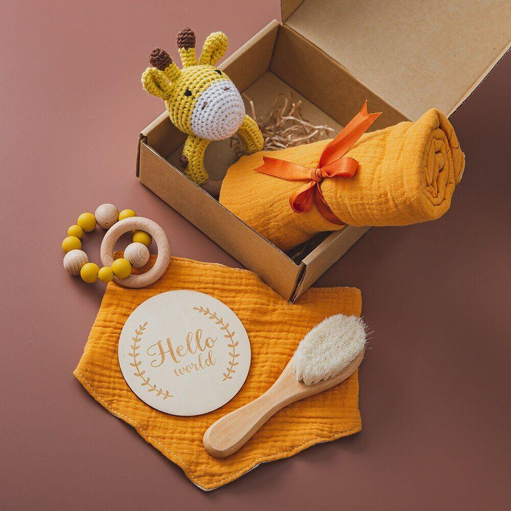 AliExpress Ensemble de jouets, couverture, bavoirs en coton, serviette de bain, hochet au Crochet, brosse pour