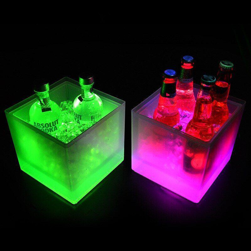 AliExpress Bac à glace carré à Double couche de 3,5 l, seau de refroidissement à couleurs changeantes, pour