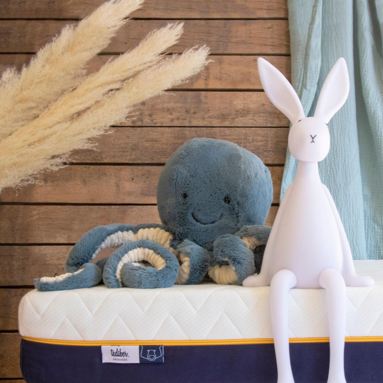 Tediber Matelas bébé Tediber - Fabriqué en France - Idéal de 0 à 5 ans - Livraison gratuite et express - Alèse bébé inclus