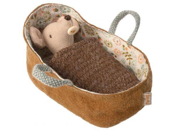 Maileg Baby mouse in carrycot - taille 8 cm - de 0 à 36 mois