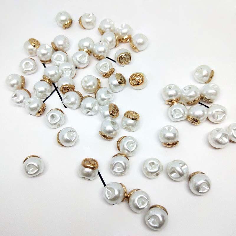 En gros pas cher nouveau ABS imitation perle bouton avec des accessoires en or, accessoires de bricolage personnalisé chapeau boucle perles boutons