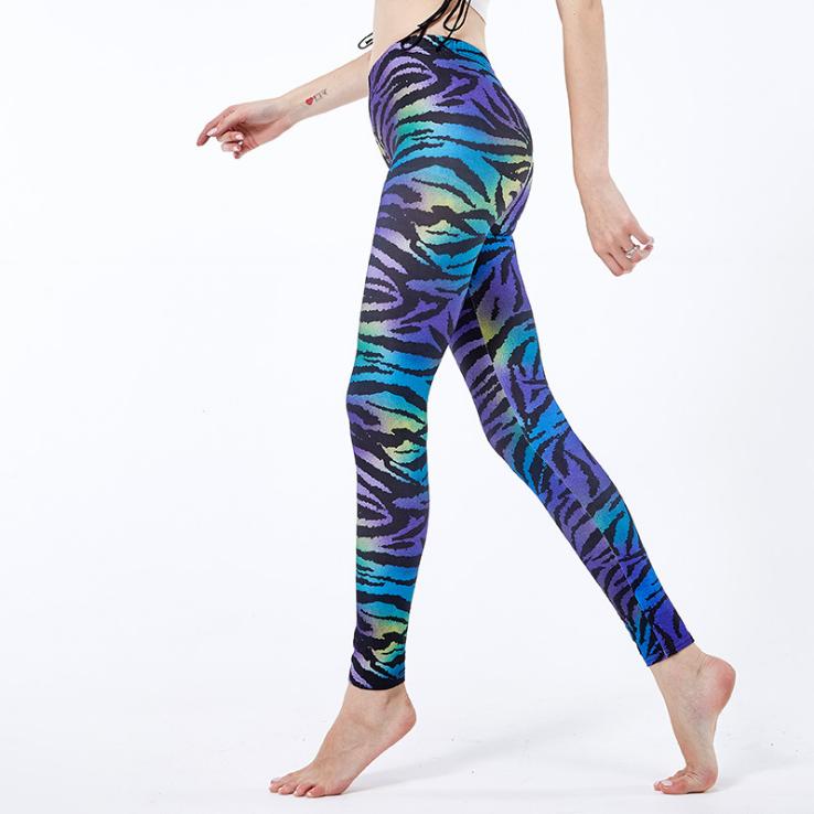 Leggings de printemps et d'automne   leggings imprimés en soie de lait à motif de zèbre coloré de style européen et américain, vente en gros