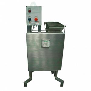 comat Machine coupe-pâte pour mozzarella COMAT à disque vertical - 20kg M24AV - Publicité
