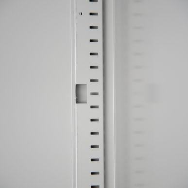 Trionyx Armoire de sûreté pour produits dangereux - Haute 2 portes rouges Trionyx AZ300R