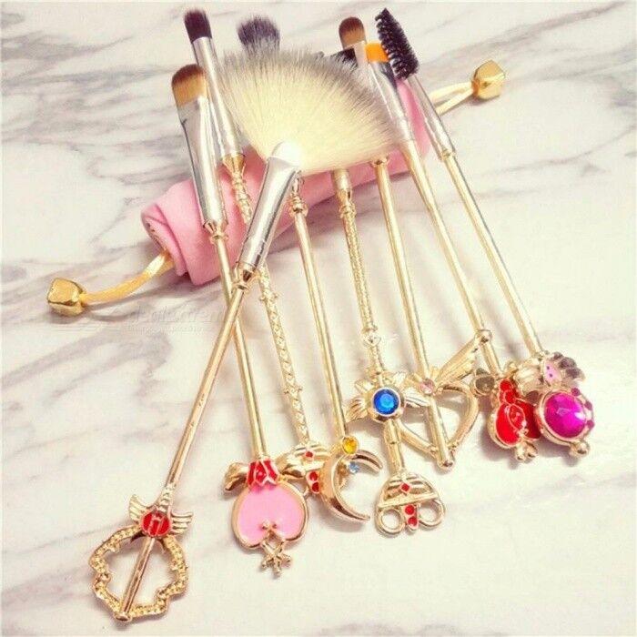 8 PCS Sailor Moon Cosmétique Brosse Pinceaux De Maquillage Set Outils Kit Eye Liner Shader Naturel Cheveux Synthétiques Femmes Cosmétiques