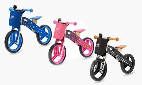 Groupon Goods Global GmbH Vélo draisienne en bois RUNNER KINDERKRAFT avec accessoires