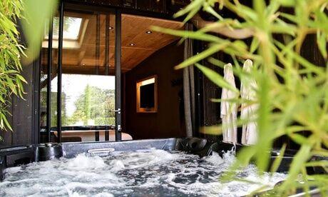 Le Domaine des Prés Verts Bourgogne : 1 nuit avec spa privatif, petit-déjeuner, et ardoise bio en option pour 2 au Domaine des Prés Verts 4*