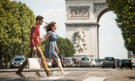 Hôtel Charlemagne Paris : chambre double standard avec option petit-déjeuner et croisière sur la Seine pour 2 pers. à l'Hôtel Charlemagne