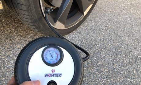 Groupon Goods Global GmbH Compresseur d'air 12V voiture Wontek