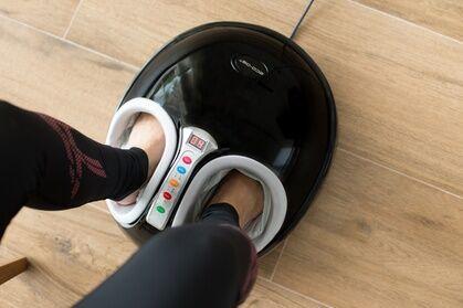 Groupon Goods Global GmbH Masseur de pieds shiatsu, pressothérapie et infrarouge, avec fonction chauffante et acupression