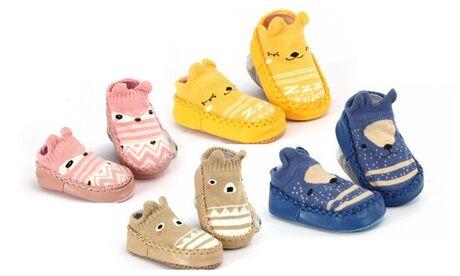Groupon Goods Global GmbH 1, 2 ou 4 chaussons anti-dérapants pour bébé en coton