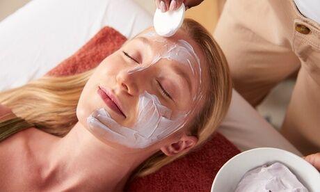 La Lune d'Orient beauty & spa lounge Session détente du regard (30min) ou peau sèche et déshydratée (60min) pour 1 personne à La Lune d'Orient