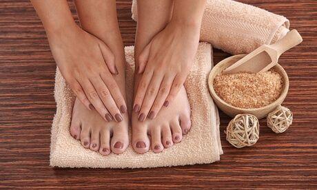 Le Temple Du Bien-être Beauté des mains ou des pieds avec pose de vernis semi-permanent à l'institut Le Temple Du Bien-être