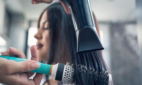 Salon Nour K Shampoing, coupe et brushing pour 1 personne avec le Salon Nour K