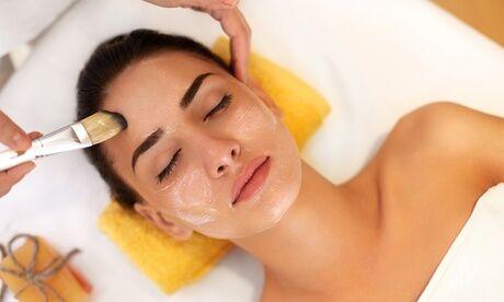 Styl' Fresh Soin visage anti-âge et gommage, microblading des sourcils ou séance de maquillage pour 1 personne avec Styl' Fresh