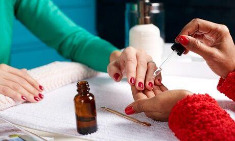 Au studio Pose de gel bio sur ongles naturels des mains french ou couleurs option dépose à l'institutAu Studio