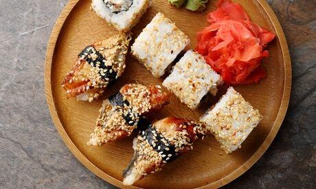Sushi Kobe Plateau de sushis 'Honda' ou 'Toyota' avec 2 boissons à emporter au restaurant Sushi Kobe