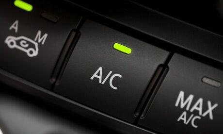 Occitane Auto Services Recharge de climatisation ou 1 formule décalaminage au choix au garage Occitane Auto Services