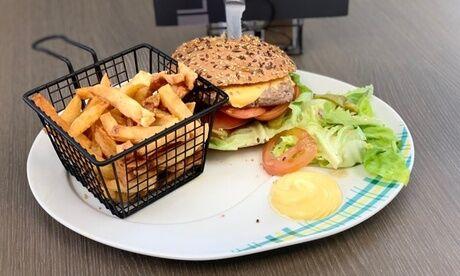 Le Vincennes Pour 1, 2 ou 4 personnes : menu avec entrée, plat et dessert au choix au restaurant Le Vincennes