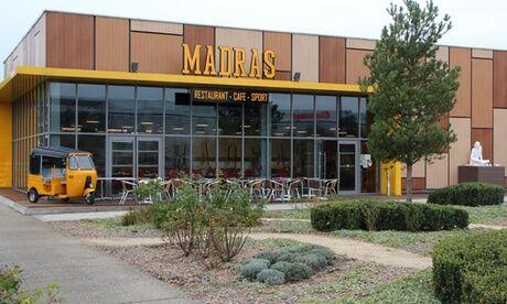 Madras Café Buffet indien à volonté le midi en semaine ou le soir et le midi en weekend au restaurant Madras Café