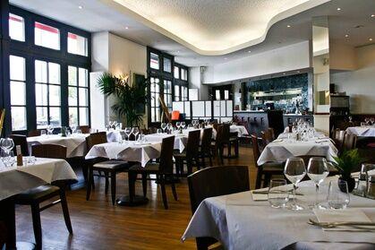 Café Bastide Entrée, plat et dessert pour 2 personnes au Café Bastide