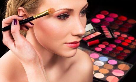 Perfect style Cours d'auto-maquillage et analyse de la morphologie d'1h30 pour 1 ou 2 personnes chez Perfect Style