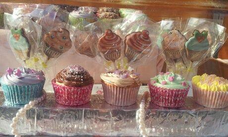 Sandy's Cupcakes Assortiment de 12 ou 24 mini cupcakes à emporter chez Sandy's Cupcakes